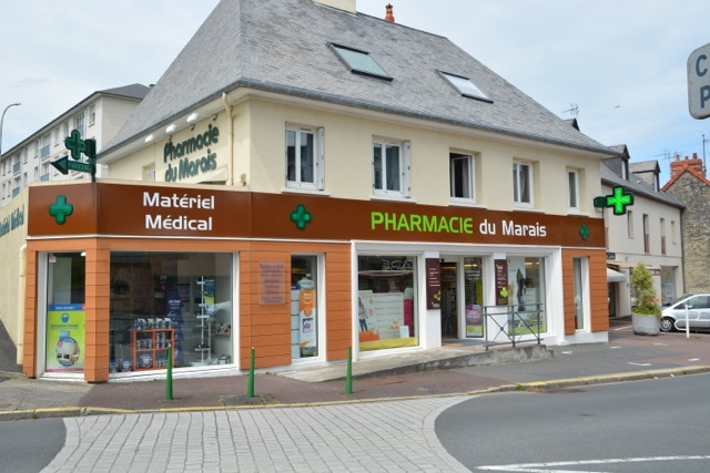 enseigne-pharmacie-plexi