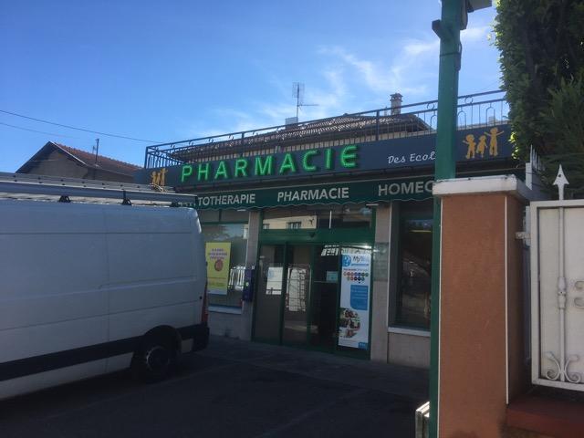 trileds-enseigne-pharmacie